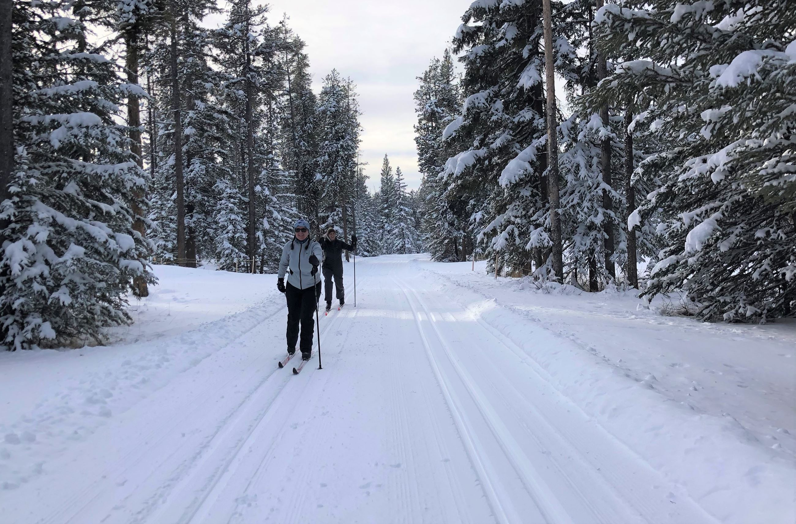 Tunnel Mountain Campground Skiers - Dec 23 - 2020